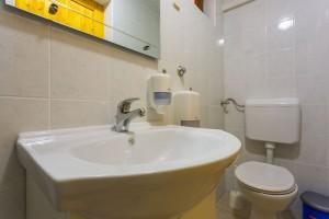 villa batroom